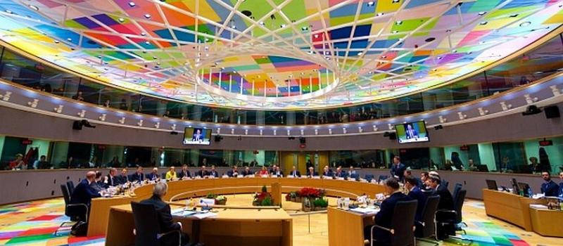 Emmanuel Macron au sommet européen extraordinaire à Bruxelles @ Bâtiment Europa | Bruxelles | Bruxelles | Belgique