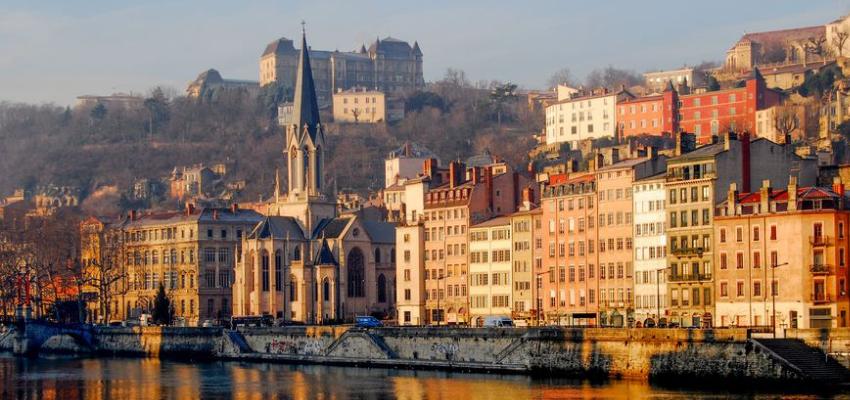 Covid-19 : des mesures restrictives annoncées à Lyon @ Lyon | Lyon | Auvergne-Rhône-Alpes | France