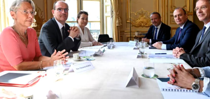 Télétravail, restaurants d'entreprise... Elisabeth Borne consulte les partenaires sociaux @ Ministère du travail | Paris | Île-de-France | France