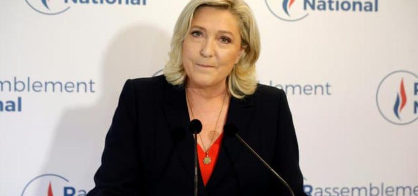 Marine Le Pen fait sa rentrée politique @ Fréjus et TF1 | France
